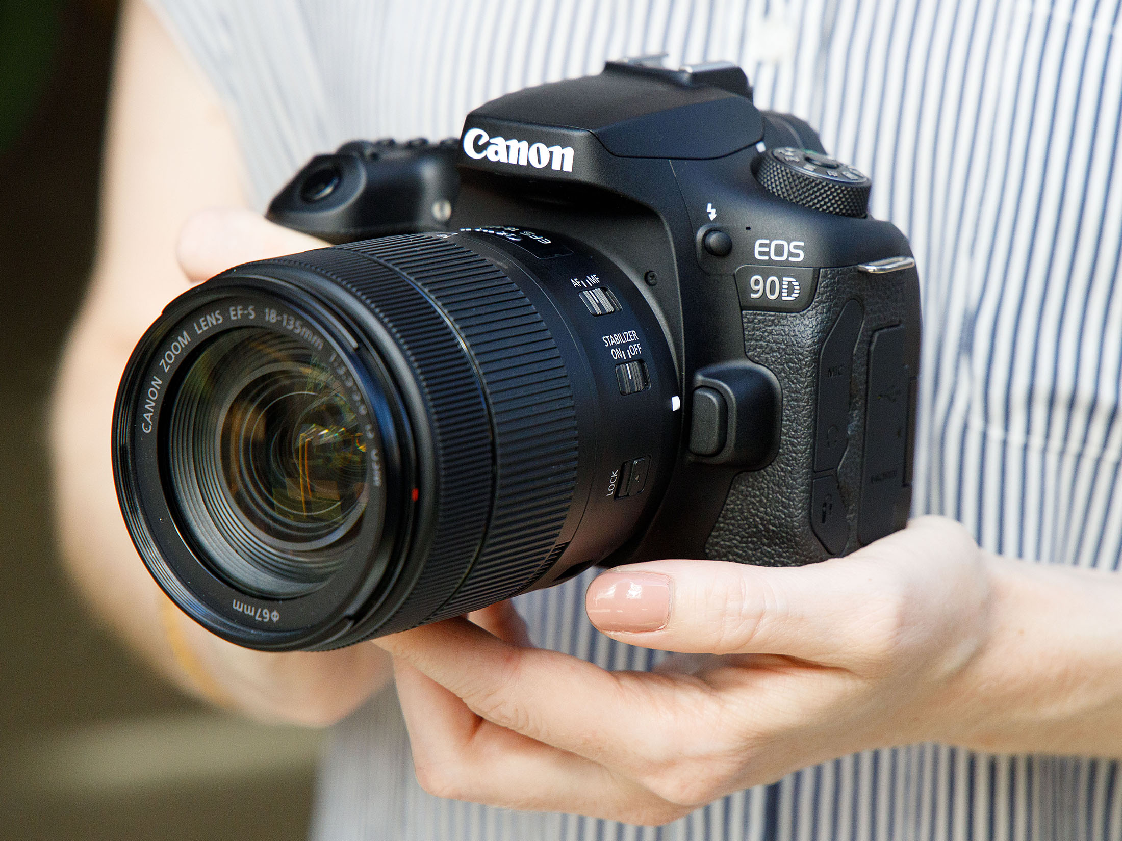 90d front angled
