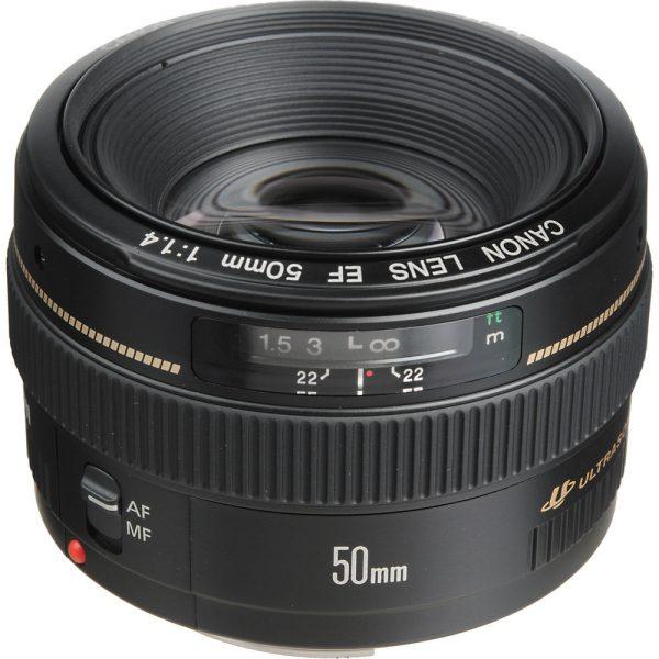 ef-50mm-f-1_4 lens